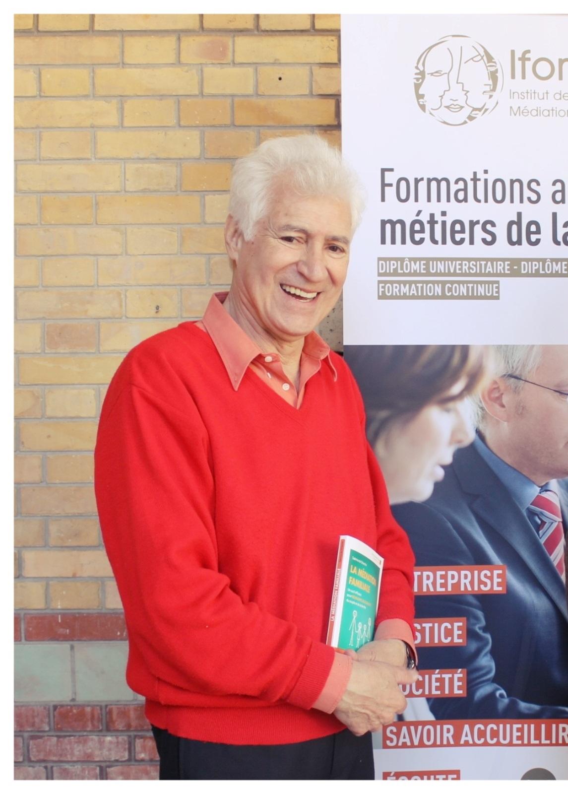 Stephen Bensimon, normalien et philosophe est Directeur de l'Institut de Formation à la Médiation et à la Négociation, IFOMENE.